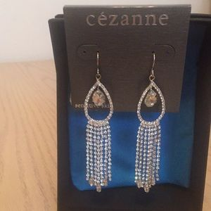Elegant dangling rhinestone earrings
